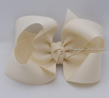 light ivory hair bow